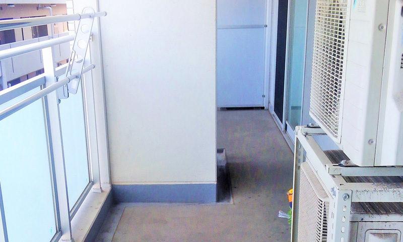 神奈川県 S様邸のベランダ・施工前の写真