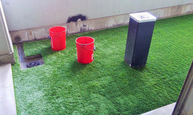 安全に配慮した防炎仕様の人工芝のアイキャッチ画像
