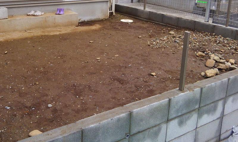 東京都 Y様邸の庭施工前の写真1