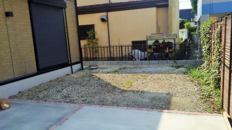 神奈川県 N様邸の庭・施工前の写真